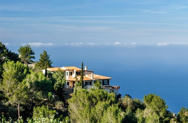 Immobilien mit Panorama-Meerblick zählen zu den begehrtesten Lagen auf Mallorca.