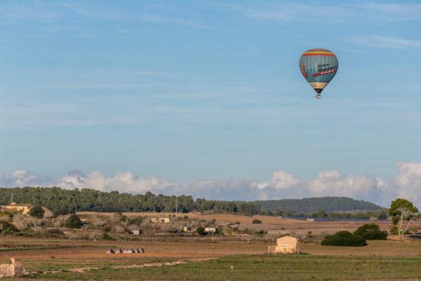 Ballonfahrt über die Insel