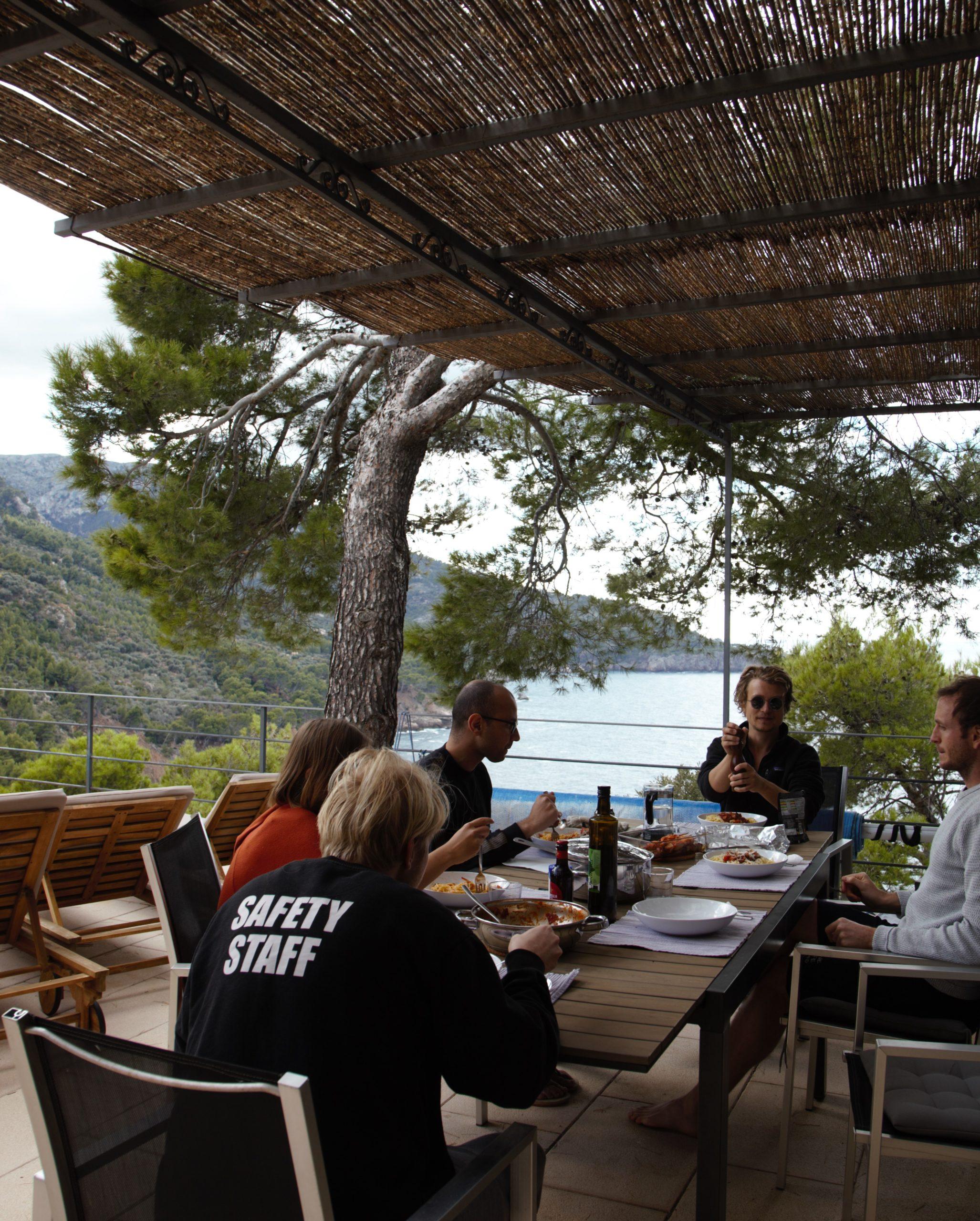 Dudek mit seinem Team auf Mallorca. Quelle Foto: Stefanie Claudia Müller
