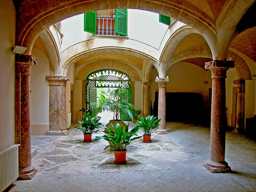 Palma Altstadt - Innenhof