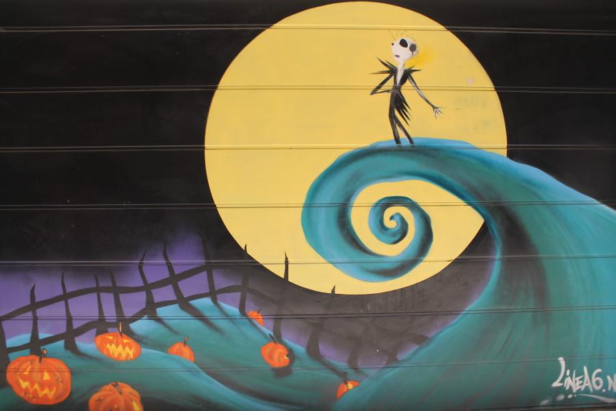 Kunst auf einem Garagentor in Palma