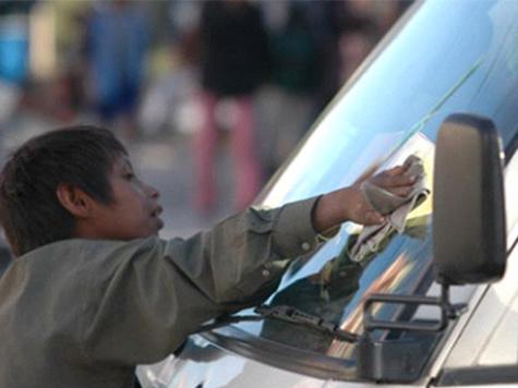 Elmer arbeitet auf der Strasse
