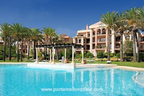 Un piso de lujo de alquiler de larga temporada cerca del campo de golf en Mallorca
