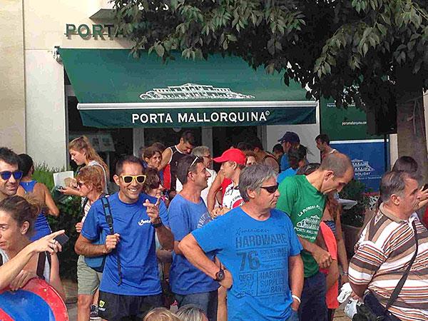 Der Lauf fand vor dem Büro der Porta Malloquina in Pollença statt.