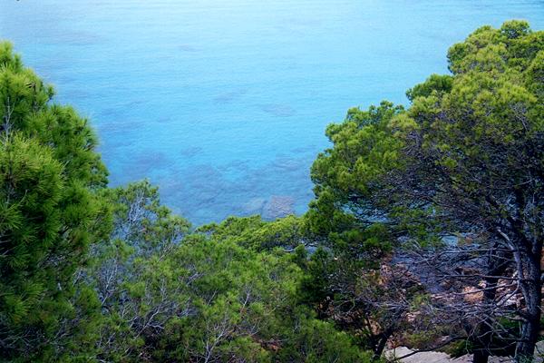 Türkisblaues Meer bei Santa Ponsa auf Mallorca
