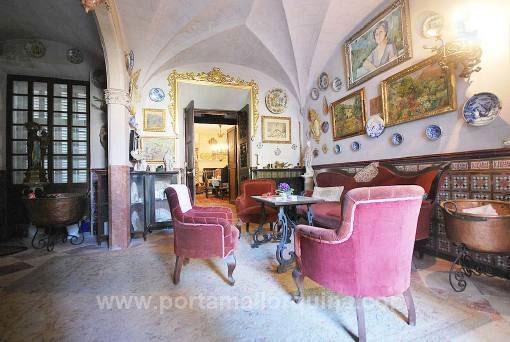 Majestätischer Loungebereich
