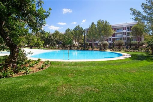 Luxuriöse Neubauwohnungen mit herrlichem Blick auf den Golfplatz in Bendinat