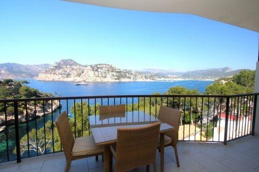 Balkon mit Blick auf das Mittelmeer