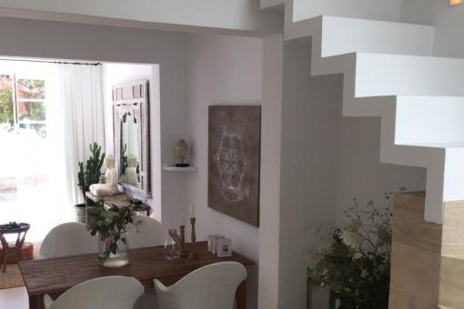 Zugang zum oberen Stock mit den Schlafzimmern