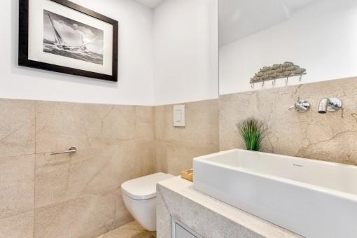 Badezimmer in Naturfarben