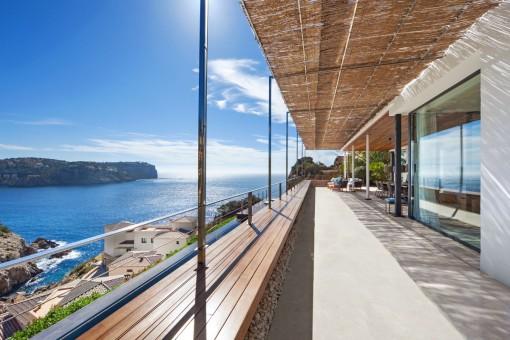 Alternative Ansicht der beeindruckenden Terrasse