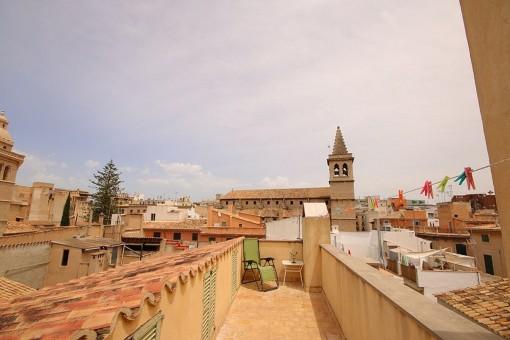Schönes Duplex-Penthouse mit Terrasse und Aufzug in der Altstadt von Palma