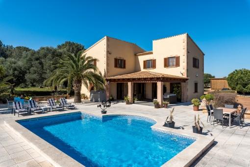Sehr schöne Villa in Meeresnähe bei Cala Mandia