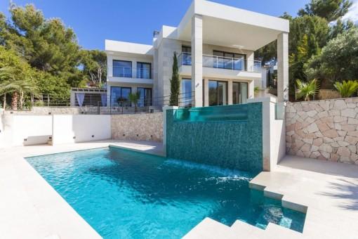 Luxuriöse Villa mit fantastischen Meerblick in Bendinat