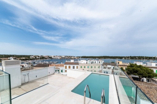Atemberaubendes, neu renoviertes Stadthaus mit Pool in Portocolom