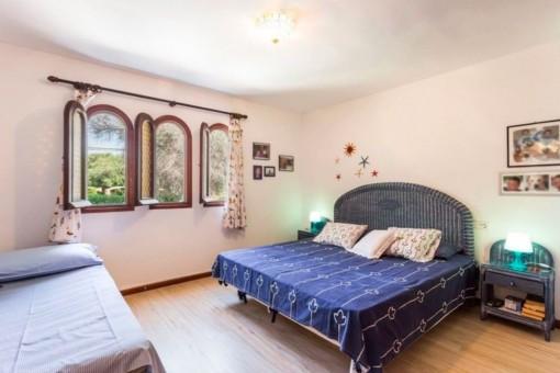 Eines von 4 großzügigen Schlafzimmern