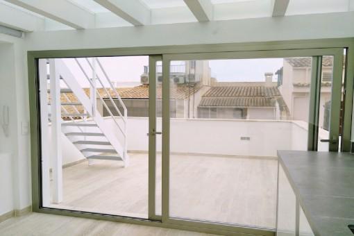 Blick zur großen Terrasse