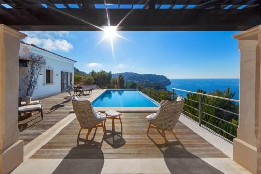 Mediterrane Villa mit spektakulärem Blick in Port d'Andratx