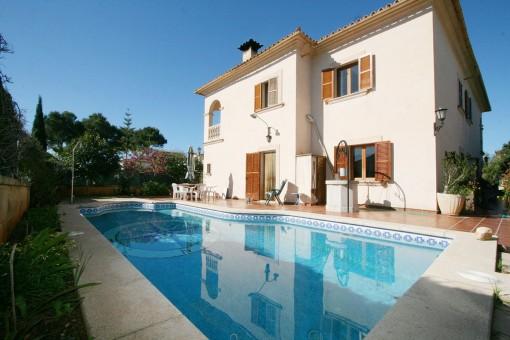 Großzügige Villa mit Pool unweit des Meeres und des Naturstrandes in Sa Rapita