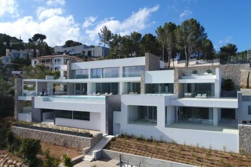 Außergewöhnliche Neubauvilla in bester Lage im exklusiven Son Vida Hills