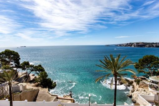 Villa mit spektakulärem Meerblick und ganz viel Potential in Cala Major