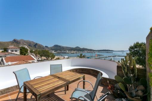 Wohnung in erster Meereslinie in Port de Pollença direkt am Strand mit Blick über die Bucht