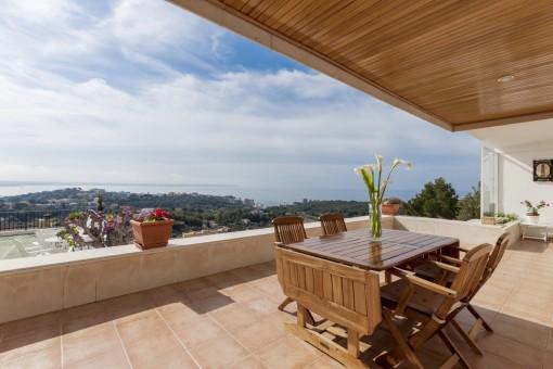 Beeindruckende Wohnung mit phänomenalem Blick in Genova