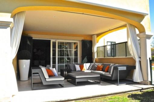 Stilvolle Luxusgartenwohnung in Topzustand in traumhafter Anlage in Son Vida