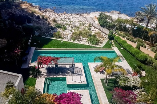 Meerblickwohnung in traumhaft schöner Anlage mit direktem Meerzugang in Sant Agustí