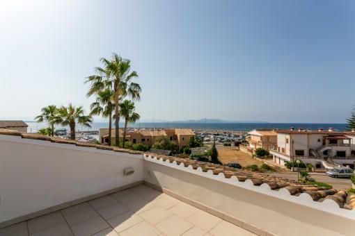 Großzügige Meerblick-Villa in ruhiger Lage direkt am Hafen von Colonia Sant Pere