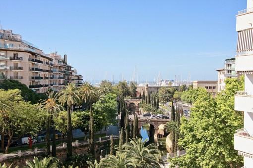 Top renovierte Wohnung in zentraler Lage in Palma mit Terrasse und sehr schönem Meerblick