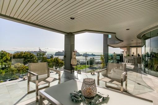 Spektakuläres Luxus-Penthaus mit Blick über die Palmabucht, direkt in erster Meereslinie am Paseo Maritimo