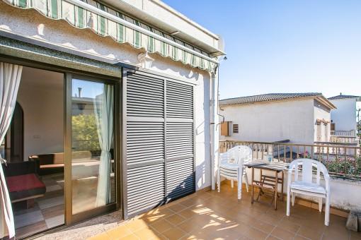 Strandnahes Penthouse-Apartment mit Balkon und Dachterrasse in Can Pastilla