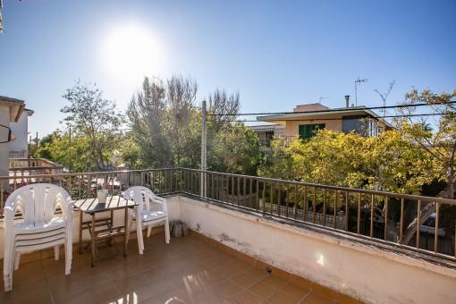 Schönes Apartment in Strandnähe mit Balkon und Dachterrasse in Can Pastilla