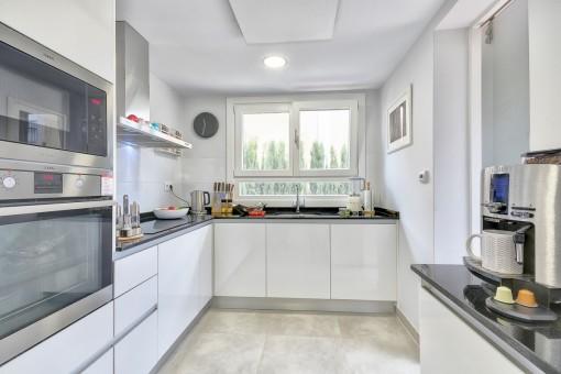 Moderne, hochwertige Küche