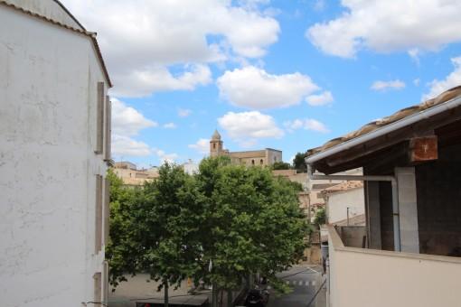 Renovierungsbedürftiges Dorfhaus zentral gelegen in Maria de la Salut