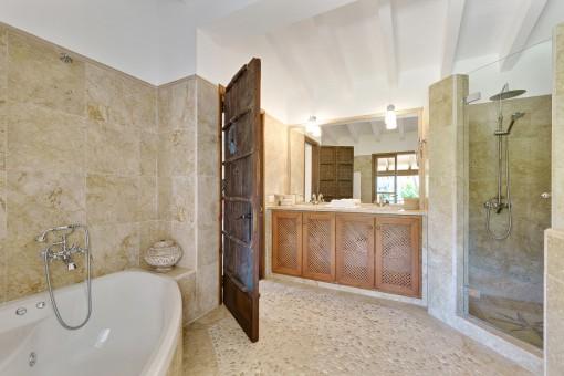Renoviertes Duschbadezimmer
