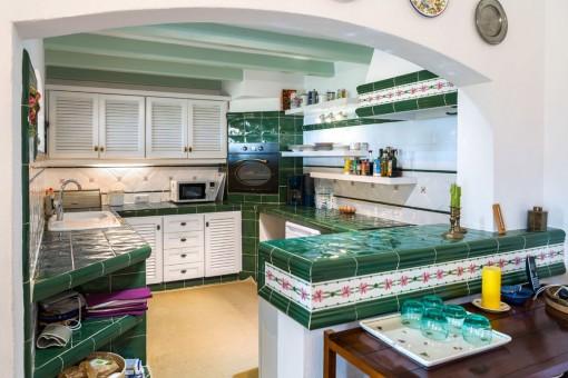 Mallorquinische, voll ausgestattete Küche