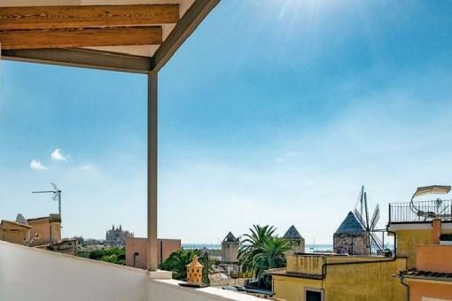 Charmantes Stadthaus mit atemberaumbenden Blick über den Hafen, die Kathedrale und die Bucht von Palma