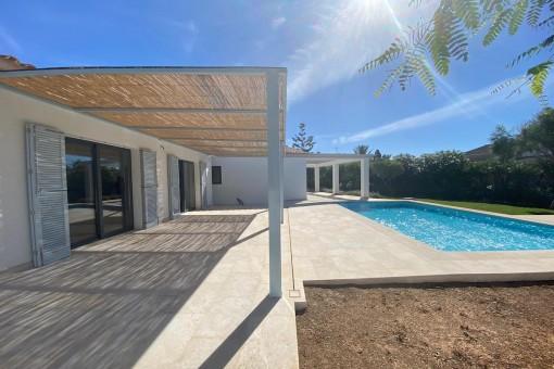 Entzückendes Neubauchalet mit Pool im reizenden Küstendorf Portocolom