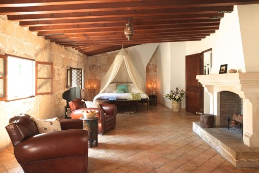 Charmante Wohnung mit individuellem Grundriss und Dachterrasse im Herzen der Altstadt von Palma