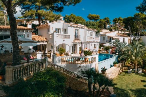 Mediterrane Villa mit separatem Gästehaus und<br /> schönem Blick auf den Hafen von Port Andratx