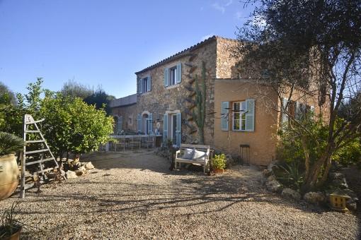 Romantisches Landhaus mit separatem Gästehaus und Pool in Cas Concos