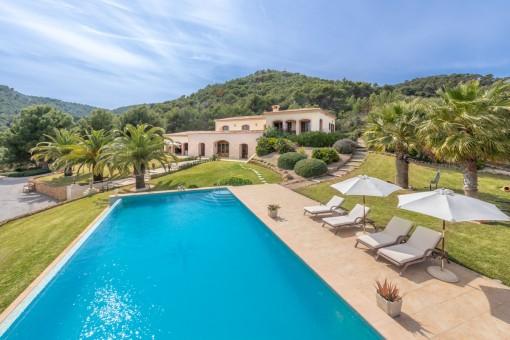 Spektakuläre moderne Villa mit unschlagbarer Aussicht in Top Lage in Capdepera