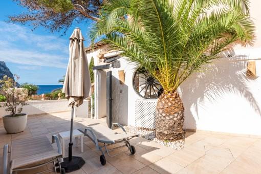 Schönes Appartement direkt am Beachclub in der Cala Llamp gelegen