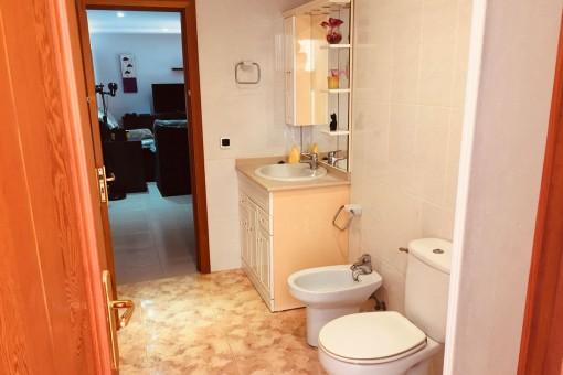 Badezimmer im Erdgeschoss