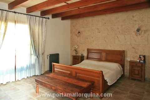 1 von 4 Schlafzimmern