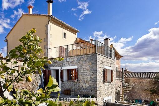 Restauriertes mallorquinisches Dorfhaus