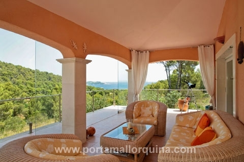 Hochwertige Villa mit fantastischem Blick auf das Meer und auf die Bucht von Cala Ratjada