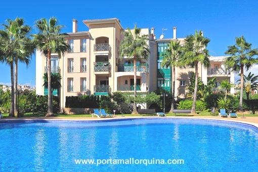wohnung santa ponsa kaufen wohnungen in santa ponsa auf mallorca. Black Bedroom Furniture Sets. Home Design Ideas